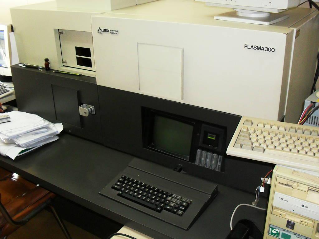 Plasma-300 ICP Spectrometer