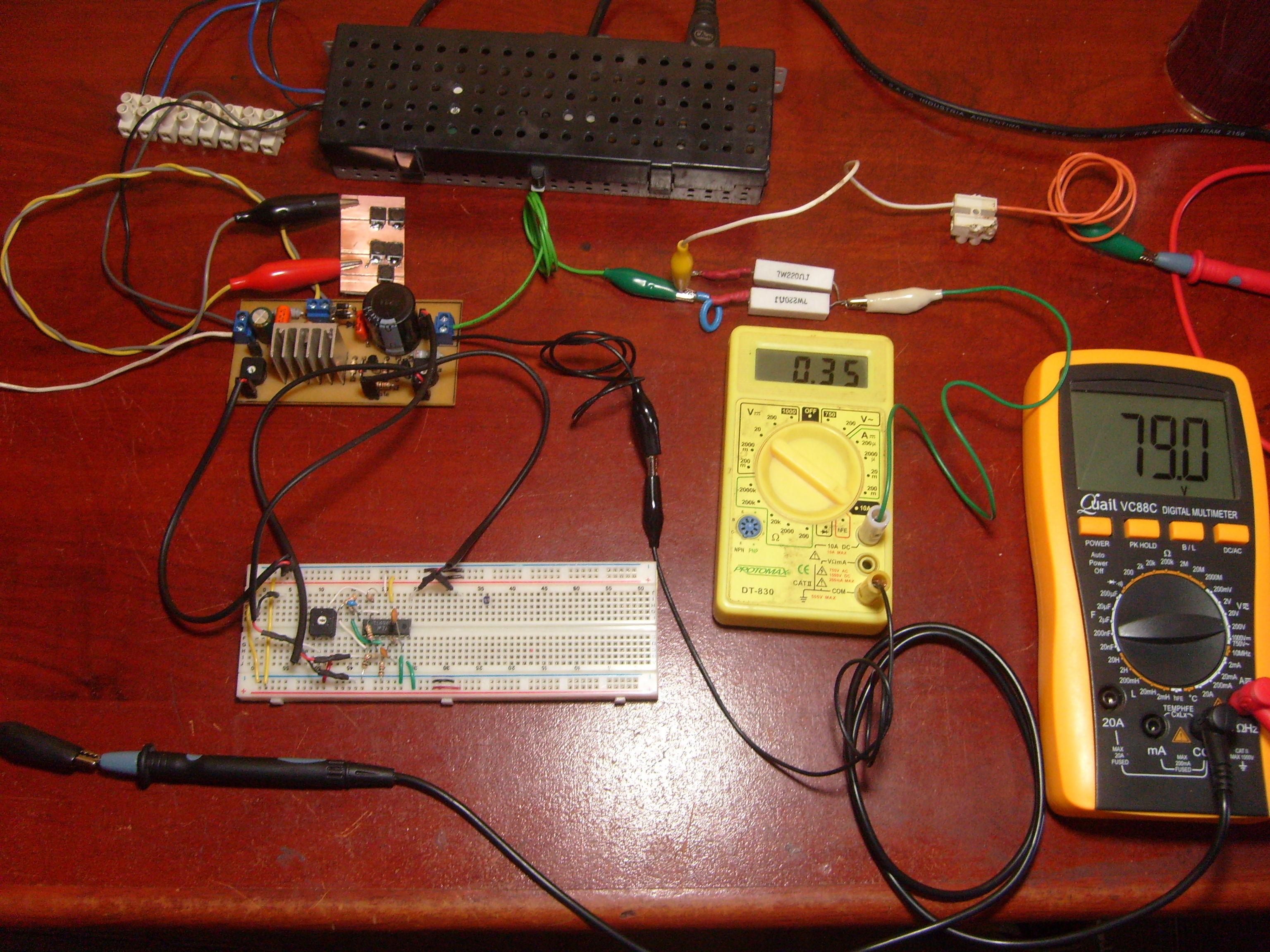 Smps Software Libre Tango Y Hacks Miscelneos Circuitos Miscelaneos Abajo Est Probando Un Circuito Basado En El Tl494 Con Lmite De Corriente Tensin