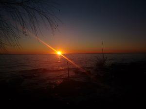 Sunrise at Terraplen Costero / Palo Blanco , Berisso. - July 8 2016